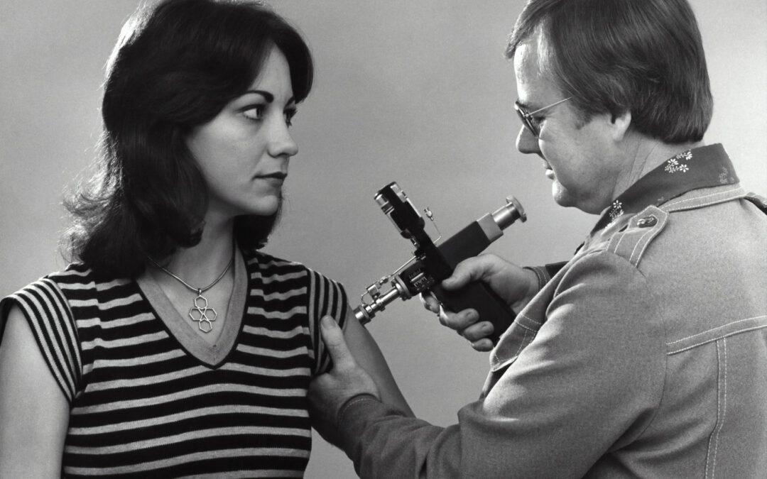 'Mogelijk werkverbod bij weigering vaccinatie tegen corona'