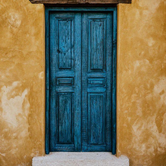 'Achter iedere deur' – Yvonne de Pan